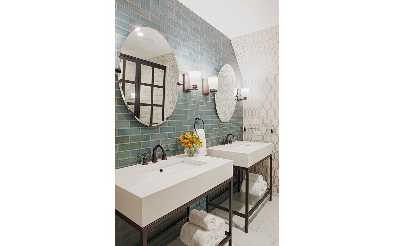 Graylyn Guestroom Bathroom with Twin Vanities
