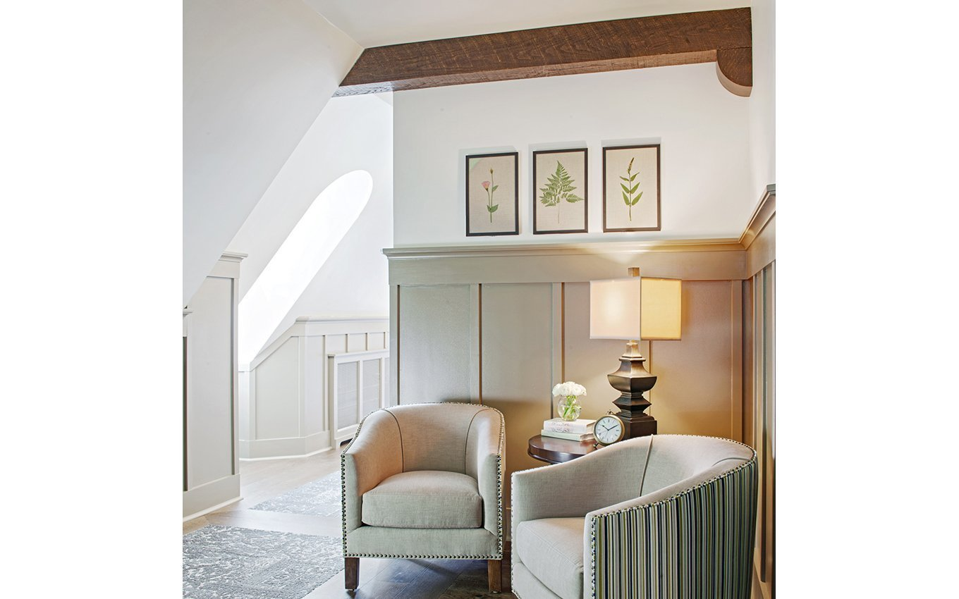 Graylyn Corridor Seating Nook