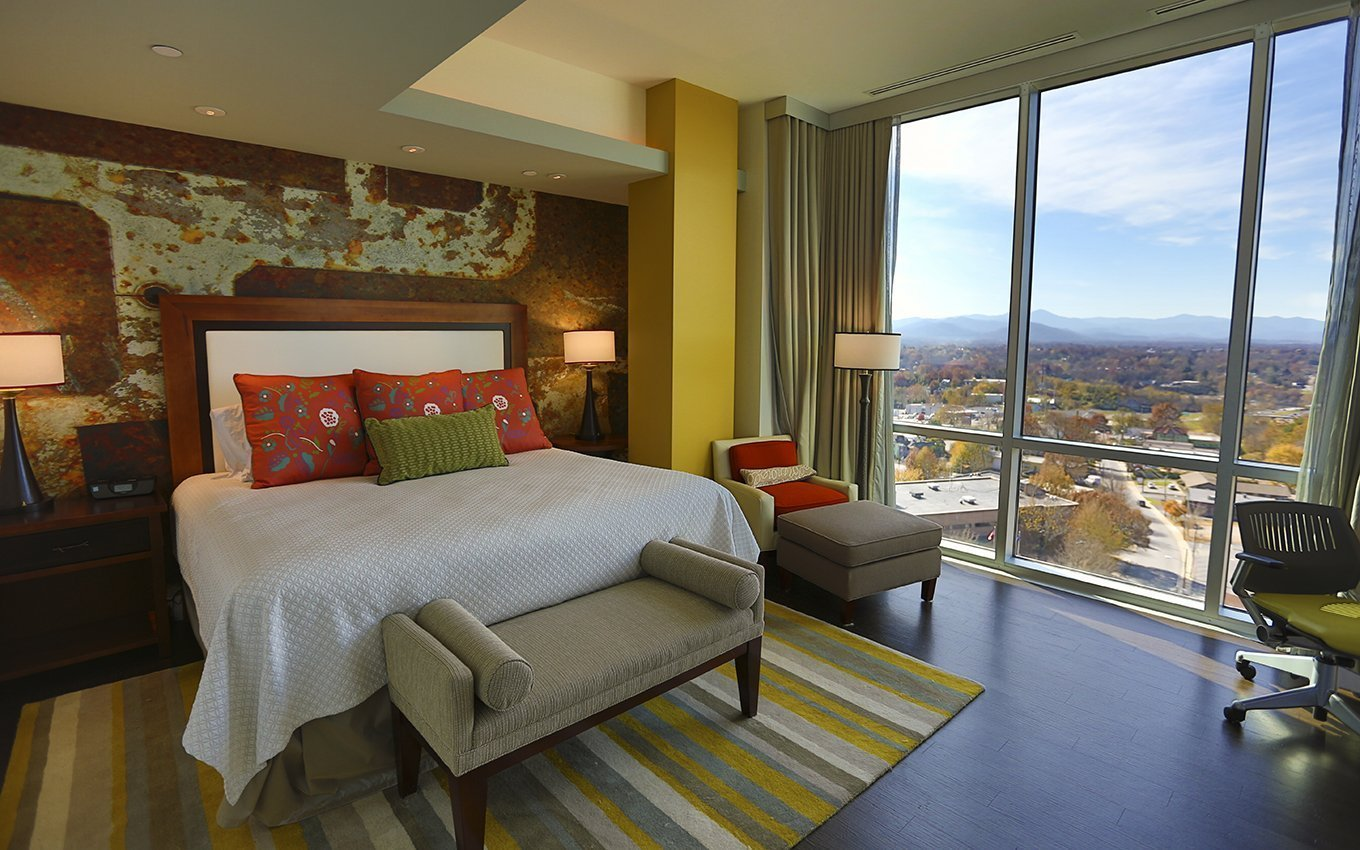 Hotel Indigo Asheville Guestroom with King Bed