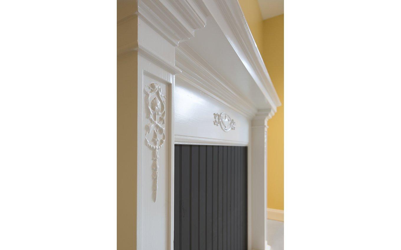 Salem College McHugh Sisters Flats Door Trim Detail
