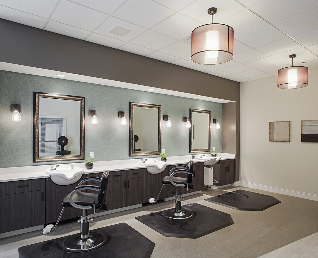 Salemtowne Babcock Center Salon with salon chairs, shampoo bowls and mirrors
