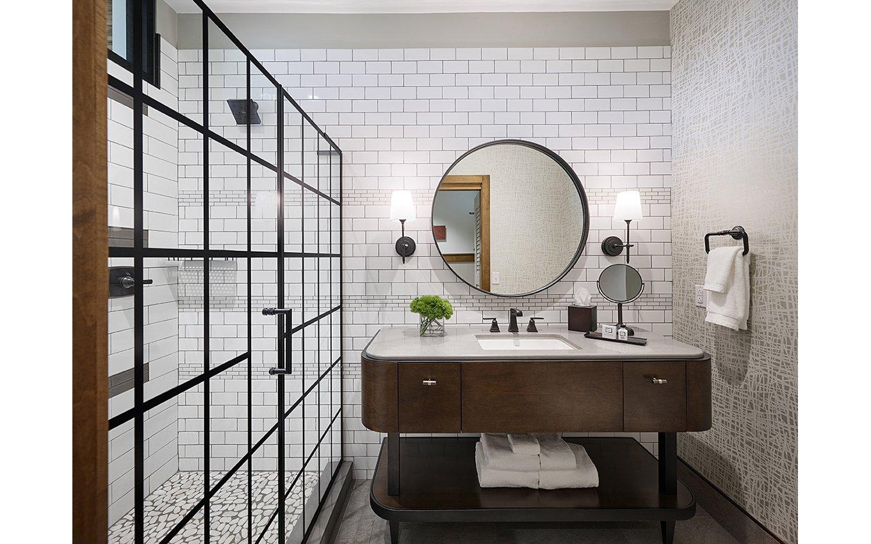 BB&T Leadership Institute Luxury Guest Room Bathroom